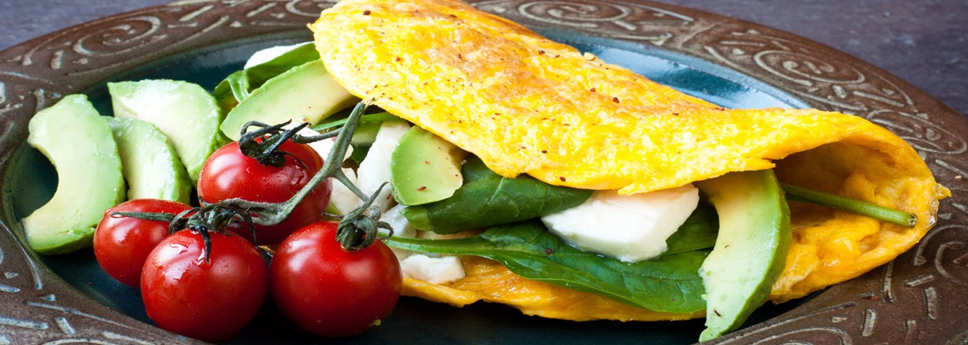 omelette with spinach & tomato