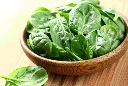 Spinach is great for healthy eating motivation