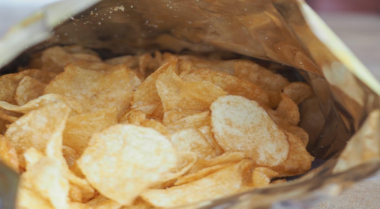 detail-of-crisps-potato-chips-snack-food