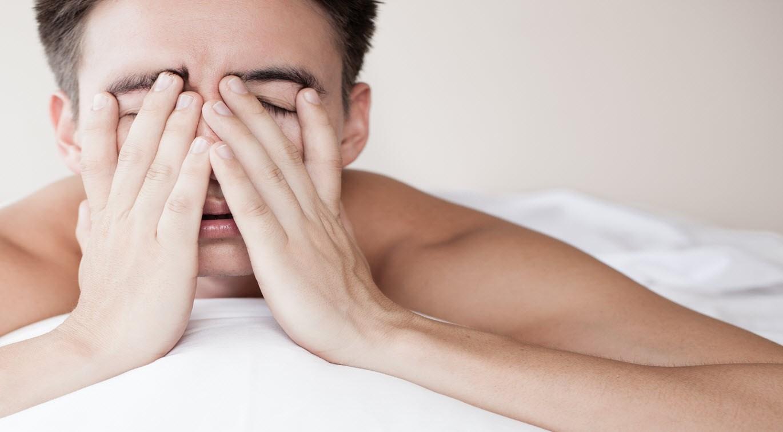 man_having_trouble_sleeping