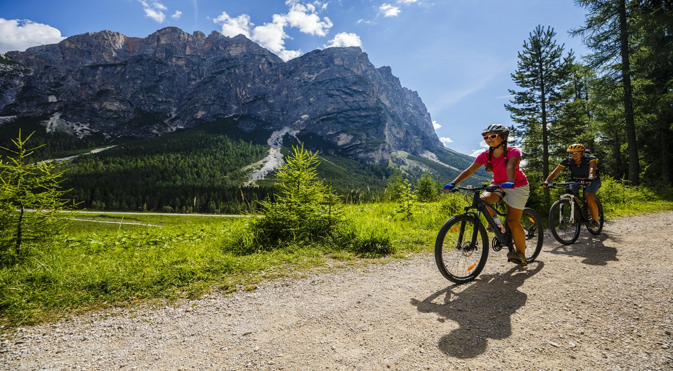 mountain-biking-in-dolomites-italy